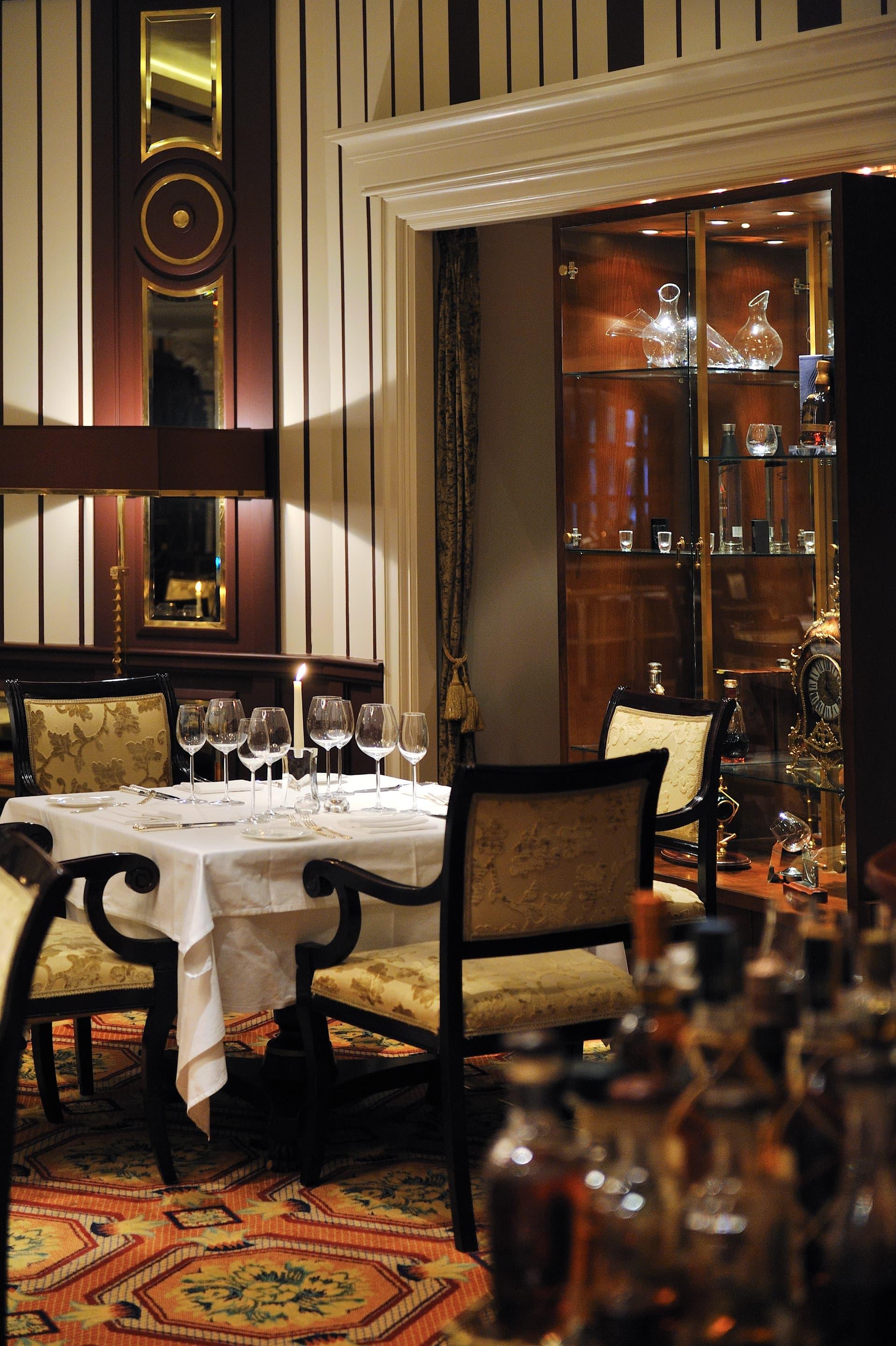 grand_dining011-min